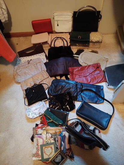 Large Lot of Assorted Women's Purses