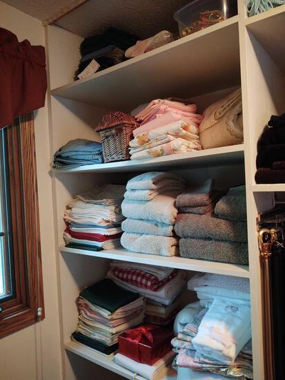 Towels, Linens & Afghans