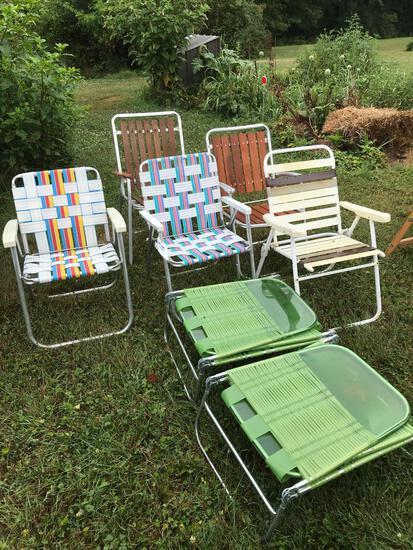 5 folding chairs - 2 lounge chairs