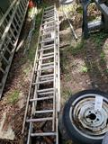 Extension ladder with extra piece