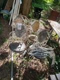 4 wrought-iron chairs and wrought-iron table in pieces