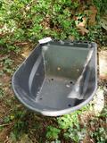 Replacement wheelbarrow bucket