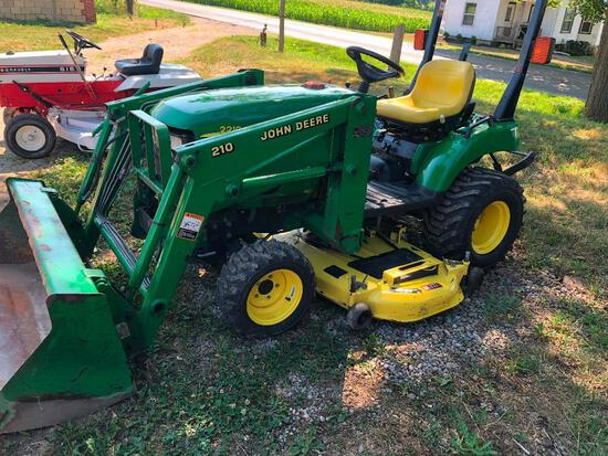 JD 2210 4X4 with JD 110 loader