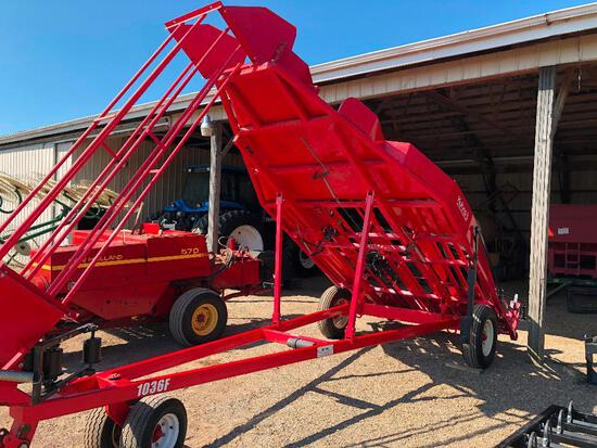 One owner Kuhns 1036F 10 bale capacity accumulator