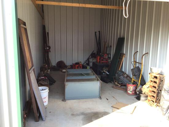 Contents of storage unit B29 10'x20'