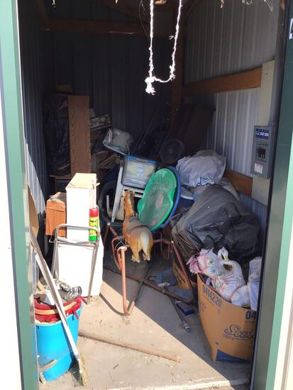 Contents of storage unit F44 5'x10'