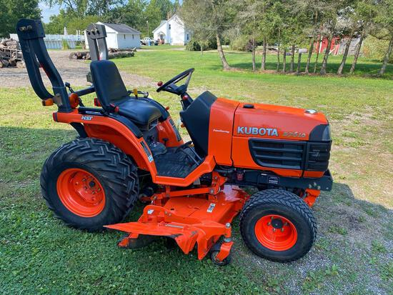 Kubota B7610 tractor - diesel - power steering