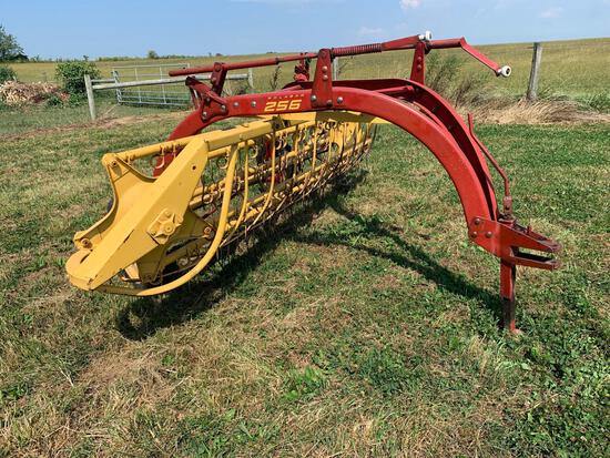 New Holland 256 Rollerbar Rake