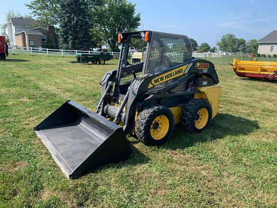 NH L218 Skid Steer