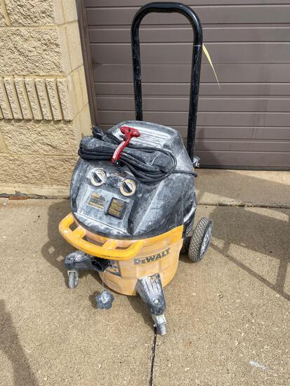 Dewalt 10 Gal. Dust Extractor Vac