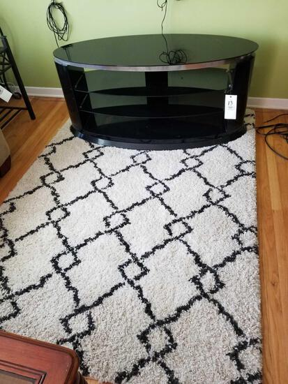 Oval TV stand, rug
