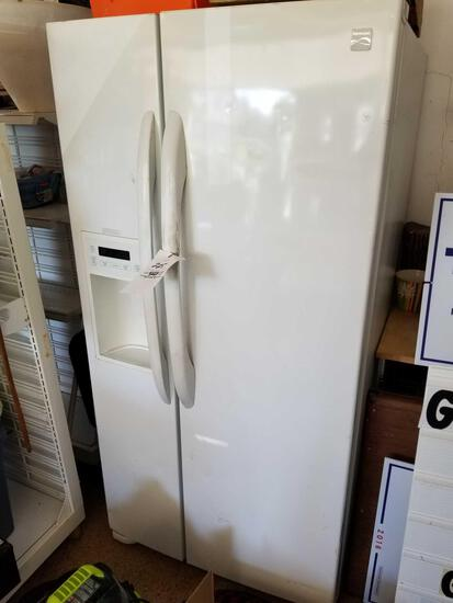 Kenmore refrigerator, works