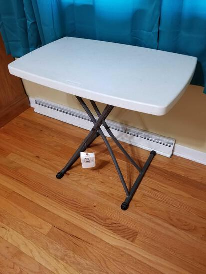 Small Lifetime folding table