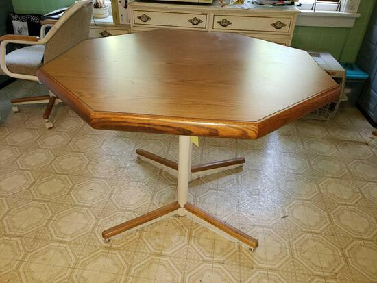 Octagonal Dinette Table with Leaf