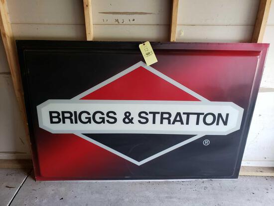 Briggs & Stratton Plastic Sign