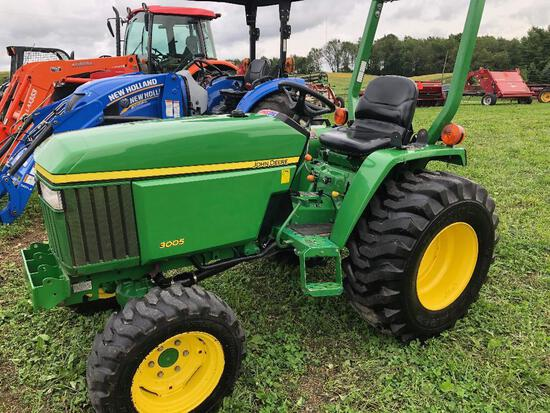One owner JD 3005 4WD gear drive with Hi-Lo 3 pt. rops, 1214 hrs, diesel, PTO