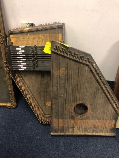 2 zithers