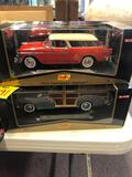 2 diecast vehicles 1:18 scale
