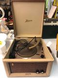 Vintage Zenith turntable model zp-8L