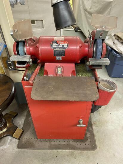 Milwaukee floor model grinder