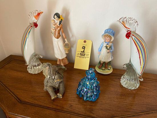 6 Figurines
