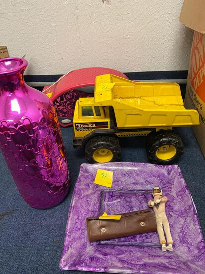 Easy bake oven, large pink vase, Tonka metal truck, glass platter, old astronaut figure, compass set