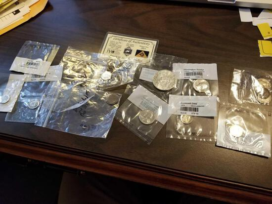 Assorted US coins, some silver
