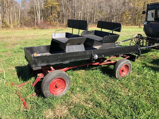 Buckboard pony wagon