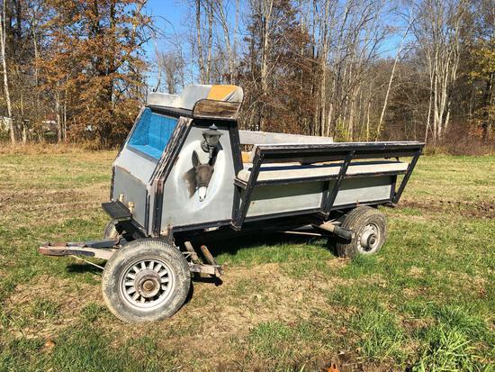 Horse-drawn box wagon