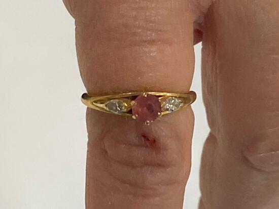 14K ring w/ red gemstone & (2) diamonds.