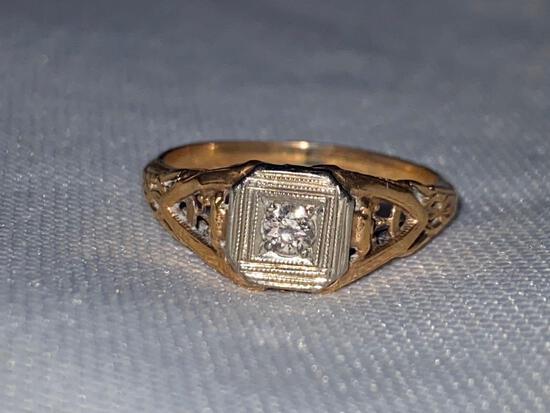 Ladies 14K ring w/ Diamond, antique.