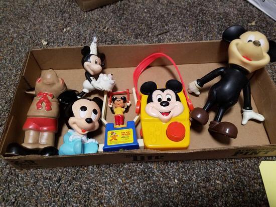 Mickey trapeze, radio, rubber toys