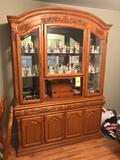 Very nice quality Carved oak two-pc. hutch