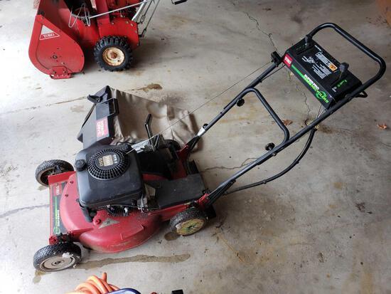 Toro 550 Deluxe Pow-R-Drive Mower