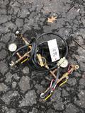 Pressure testing gauge