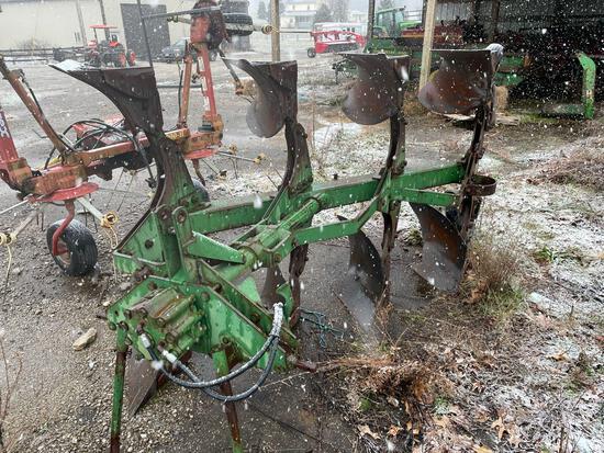JOHN DEERE 4200 4x16 ROLLOVER PLOW