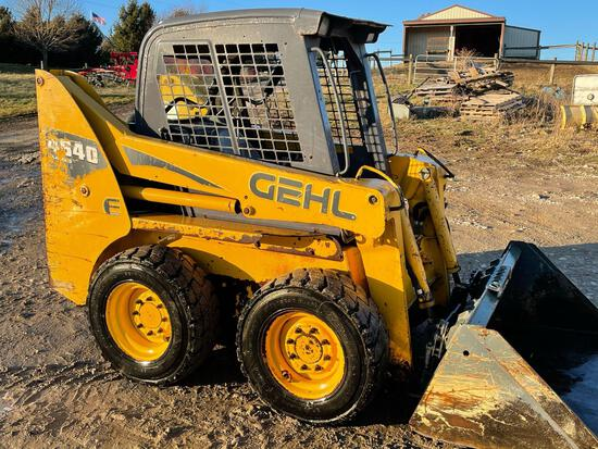 GEHL 4640 TURBO SKID LOADER