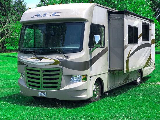 Motor Home - Trucks - ATV - 16988 - Peter
