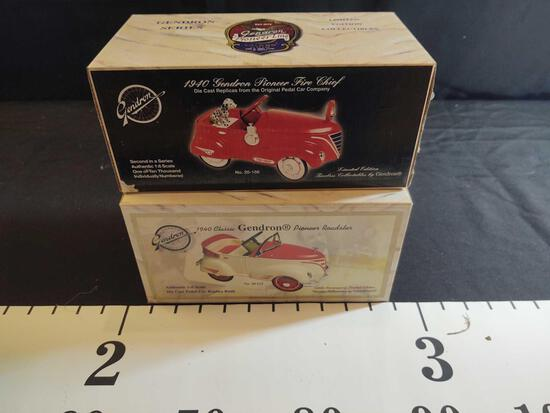 2 Gendron 1:16 Scale Diecast Cars
