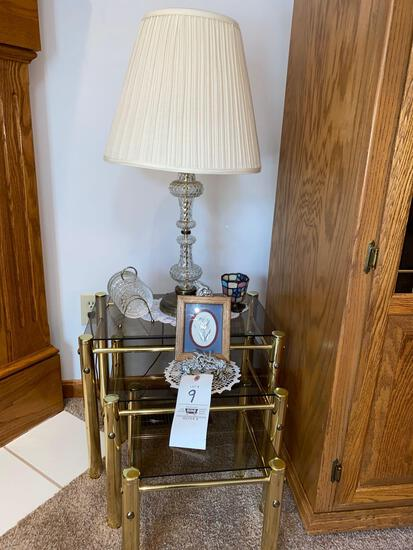 3 glass stands - lamp - coasters