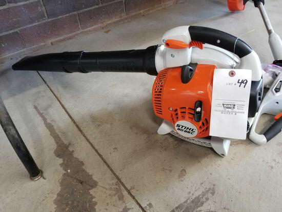 Stihl BG86C gas blower, like new