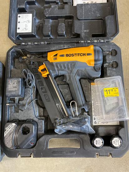 Bostitch GFN1564k battery operated nailer