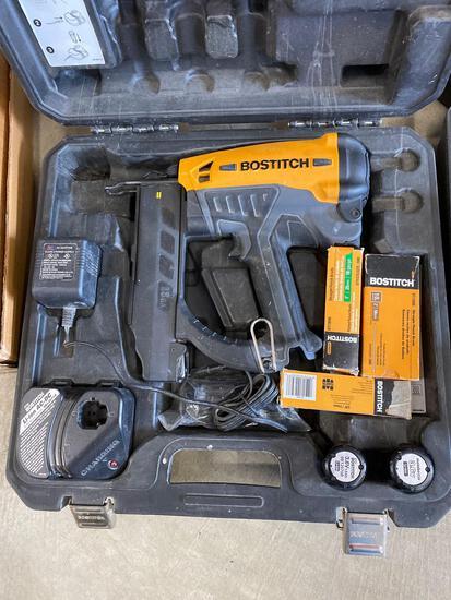 Bostitch GBT1850K battery operated nailer