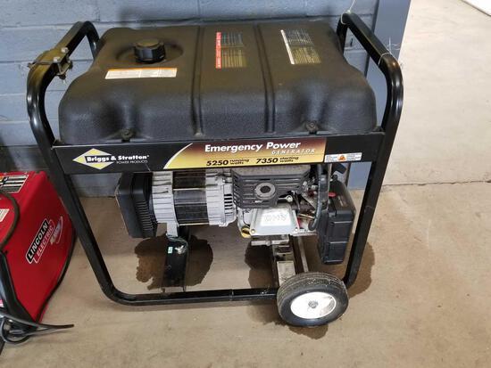 Briggs and Stratton 5250 watt generator