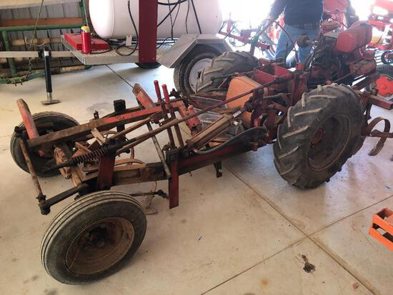 Rare Friday power wiggle hoe tractor w/ cultivators, hyd. lift and Wisconsin engine