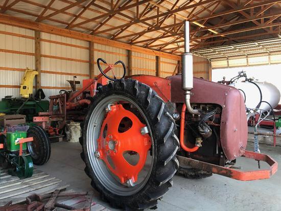 "Allis Chalmers ""G"" Tractor, last ""G"" ever manufactured, Ser. #G-29976"