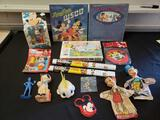 Walt Disney lot (puppets, records, Mickey Mouse)