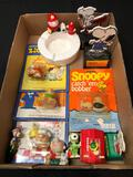 Snoopy and Ziggy Items, Ashtray, Figures