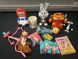 Vintage cartoon characters, Garfield bank, Raggedy Ann, Popeye