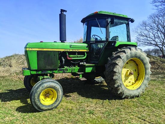 Tractors - Hay Equipment - Tires - 17095 Randall